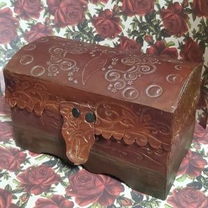 Other - SALE ☀️ Vintage Boho Leather Jewelry Trinket Box